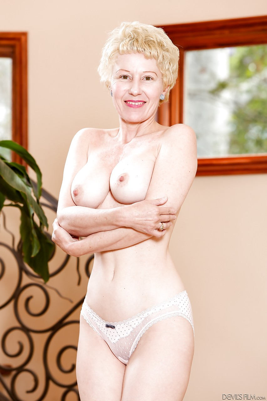 Grannies naked with hot bodies galleries 82