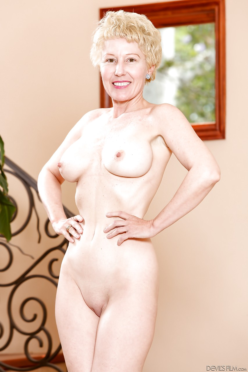 video granny nude