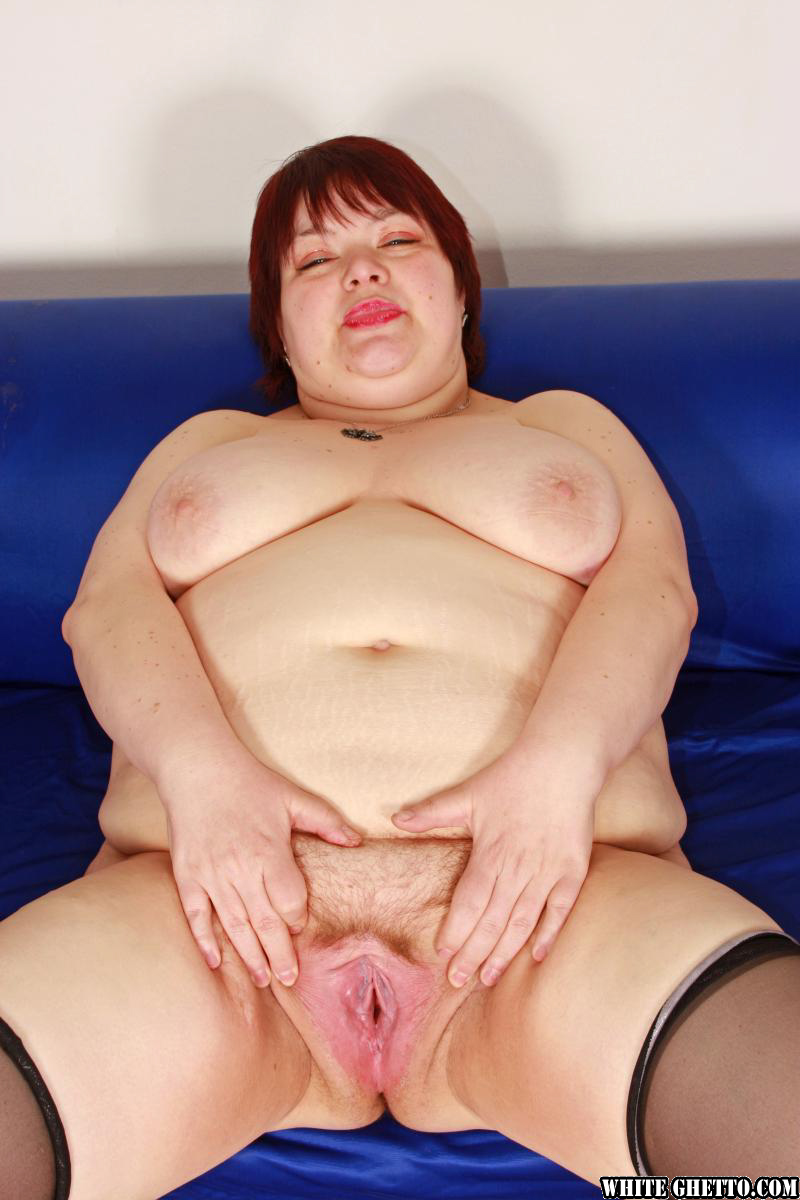 ssbbw mom spreading hairy pussy lips before hardcore sex - pornpics
