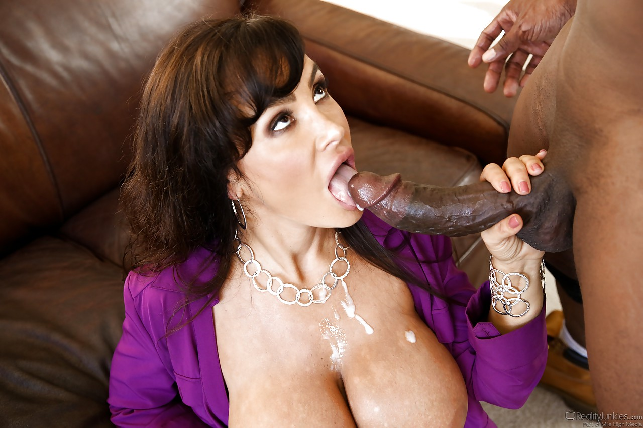 Cheating wife lisa ann black cock — pic 2