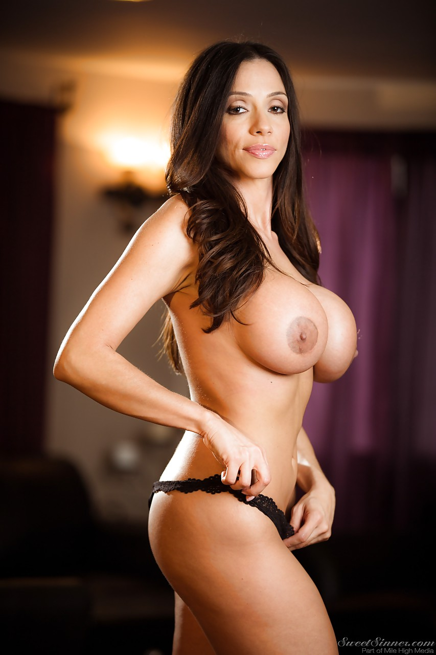hot latina milf pornstar ariella ferrera undressing to bare huge