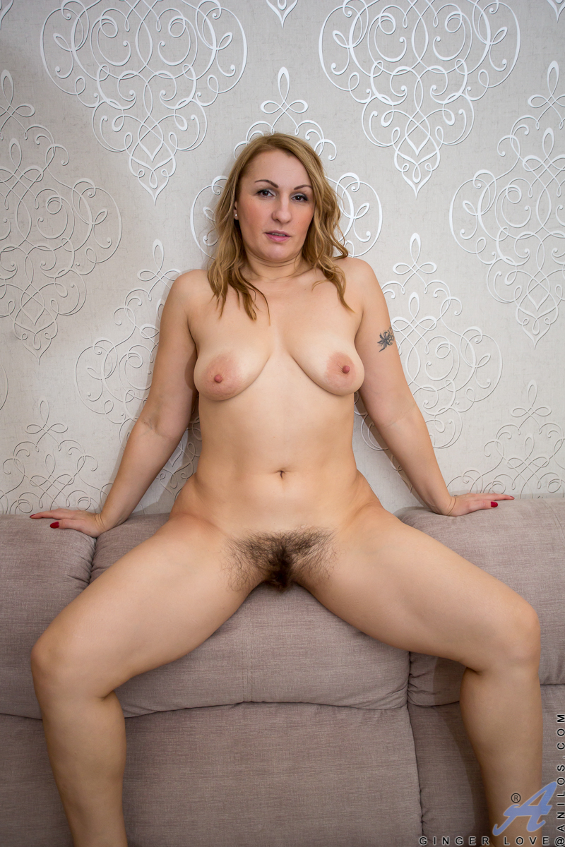 mature busty experienced