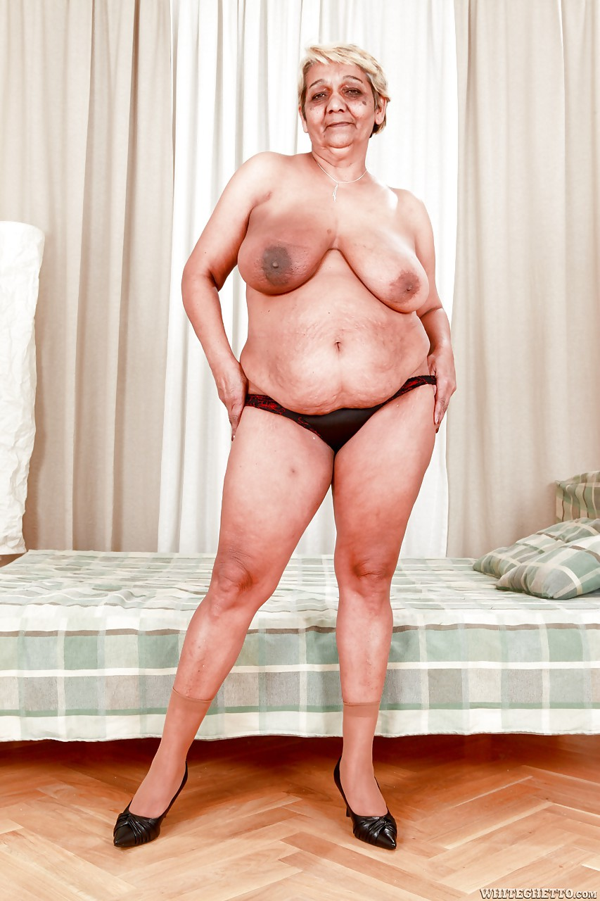 Saggy fat mature fucked