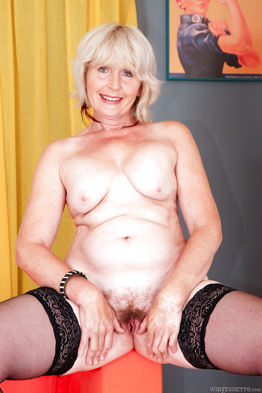 stocking clad granny evelin a spreading hairy cunt for hardcore
