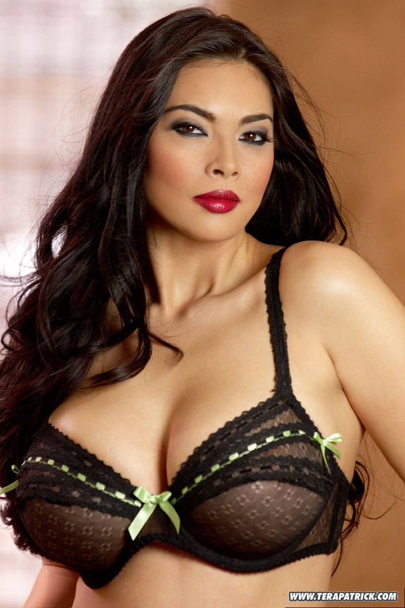 Tera patrick hot boobs