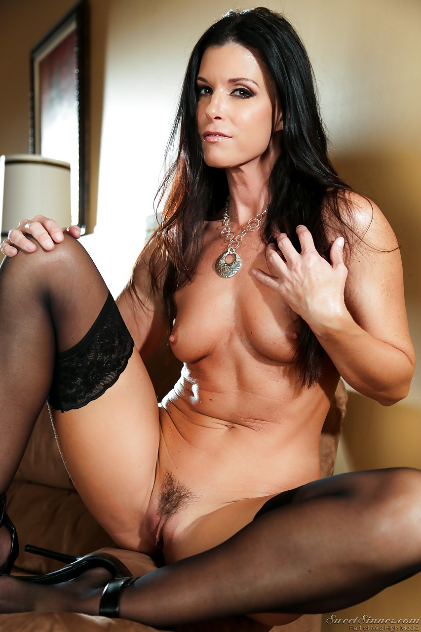 Brunette gf india summer gets fucked 3
