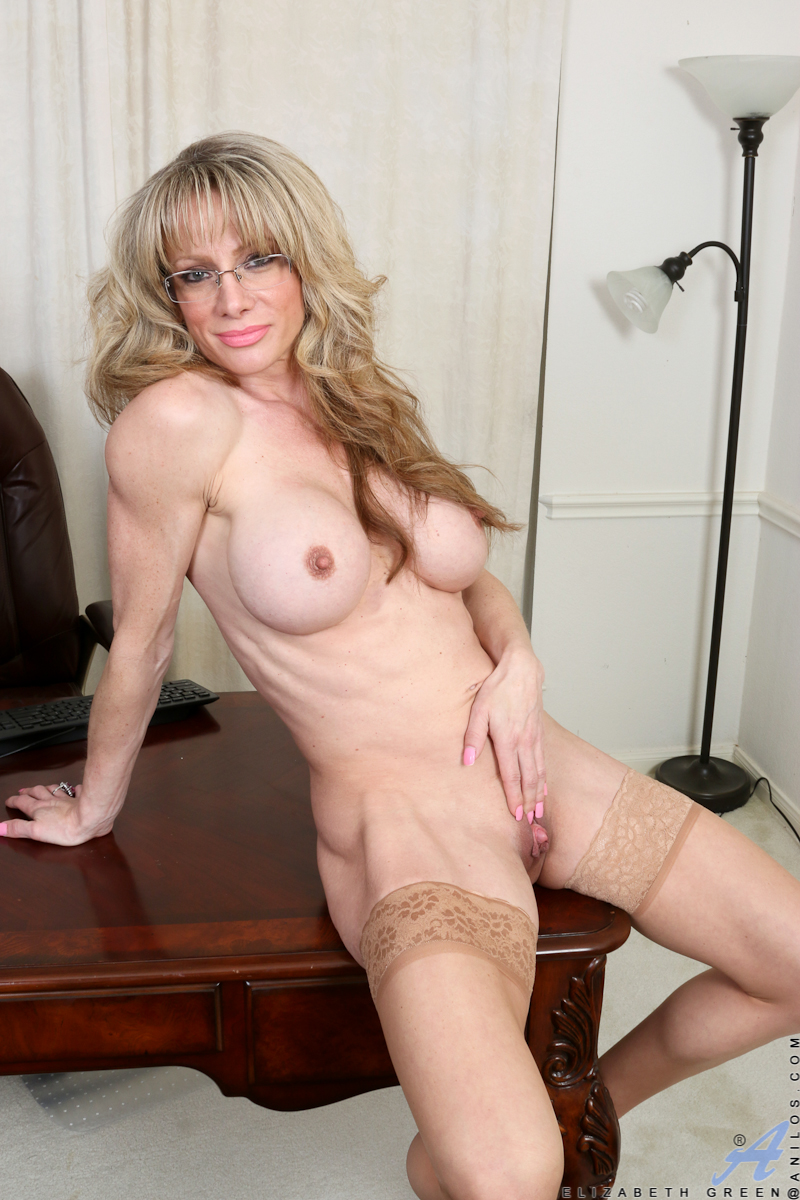 Blonde mature tube