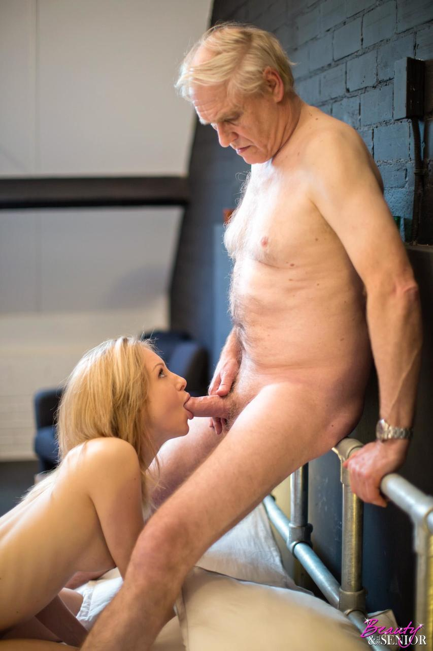 Dad Cums In Teen Daughter