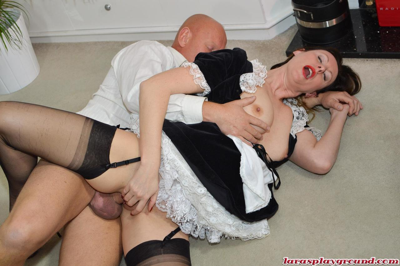 Desi Maid Fucked Hard By Owner Son