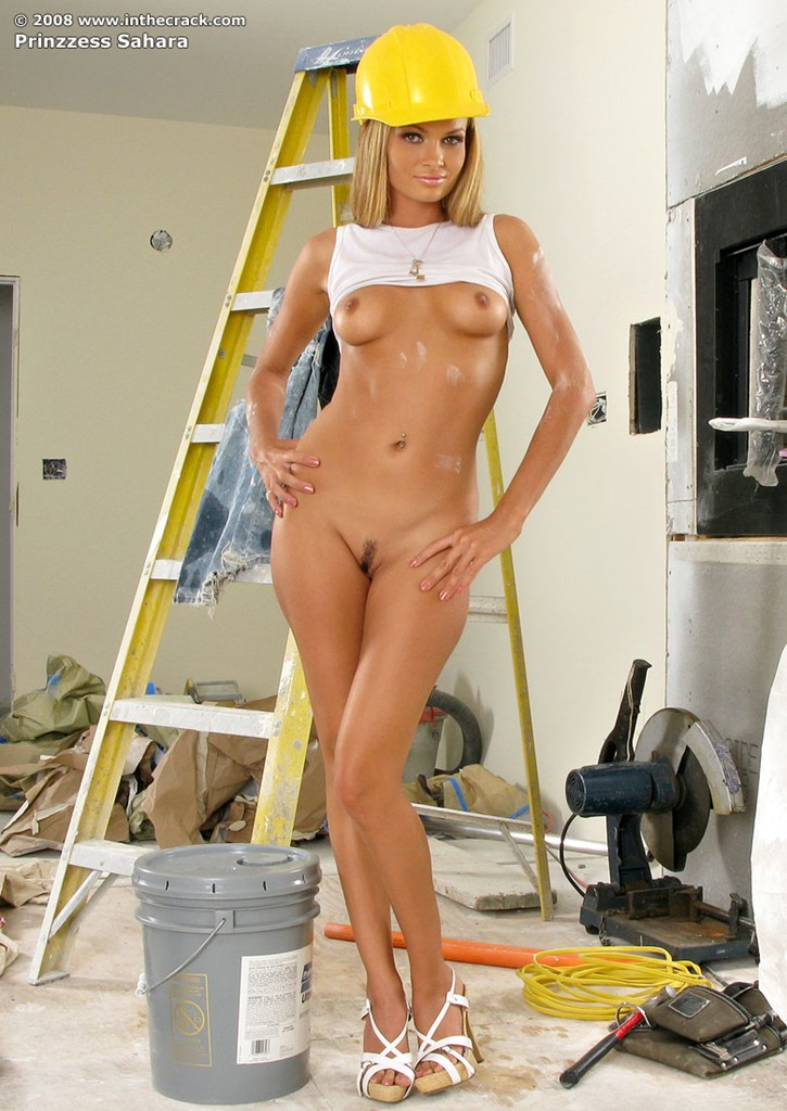 sex nude worker lady
