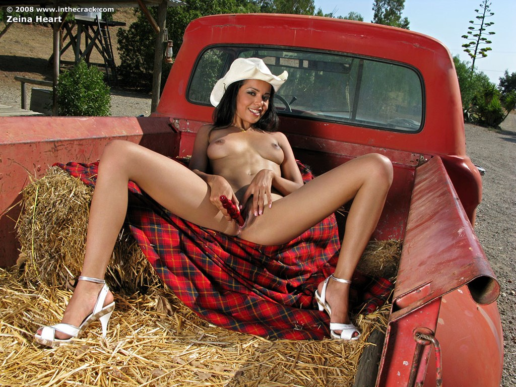 Naked girls in trucks