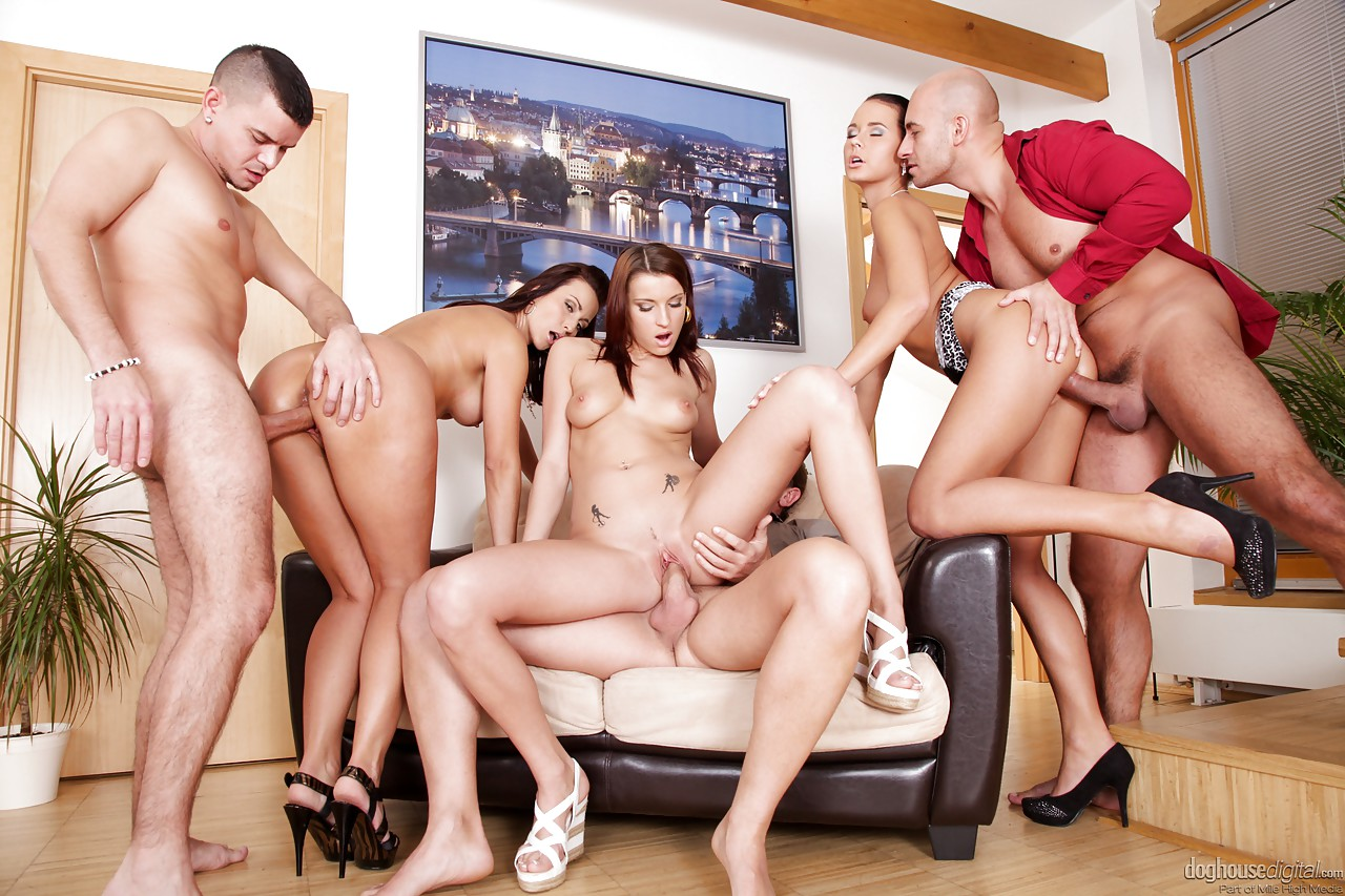 Doghouse bisexual porn pics