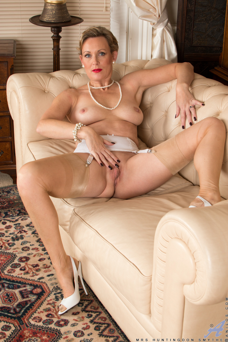 Mature Erotic Models