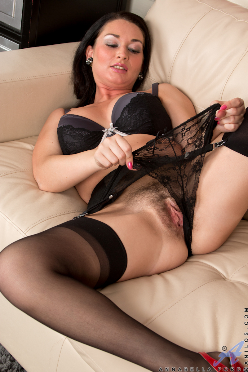 Hairy milf stockings
