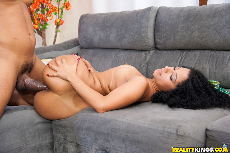 Sultry Latina receives a blast of jizz on her big booty after fucking