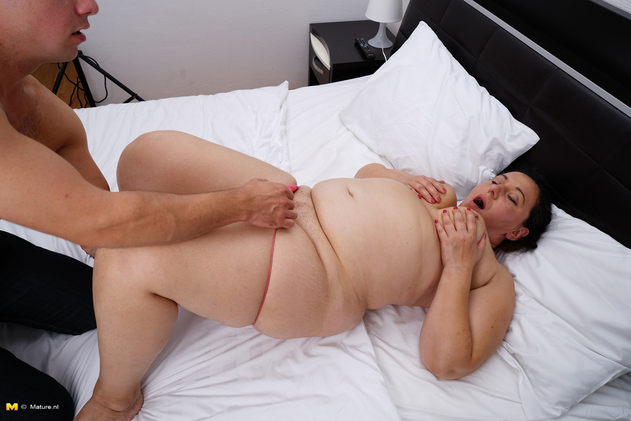 fat-women-being-fingered-sasha-blonde-porn-free