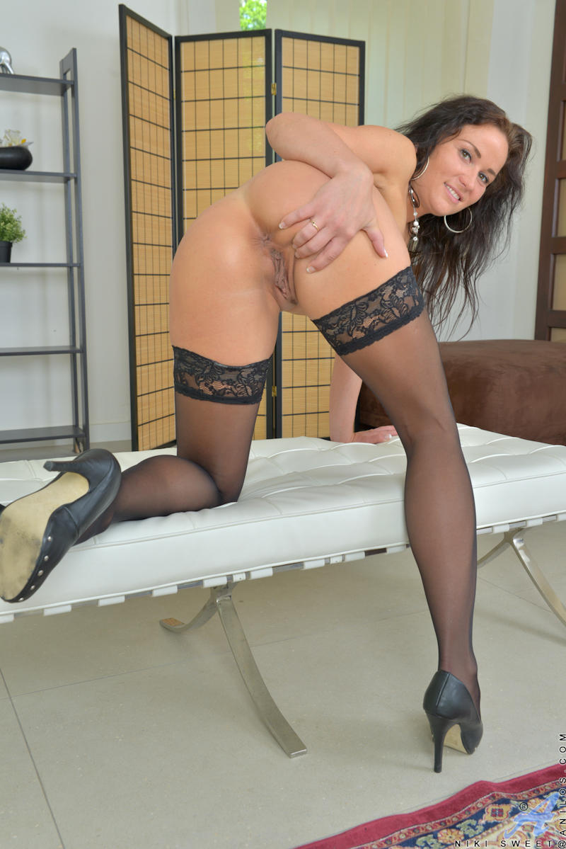 That interfere, Heels spread pantyhose time