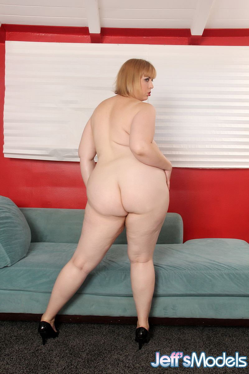 BBW-saggy ... Mature fatty Amazon Darjeeling spreading big ass & giving saggy boobs  titjob ...