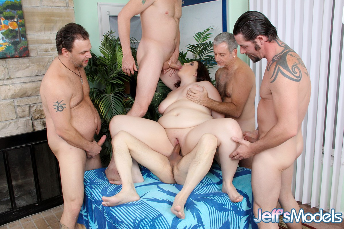 Gang bang mariah-6278