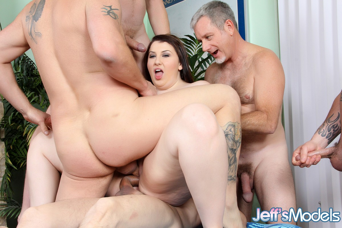 Gang bang mariah-3904
