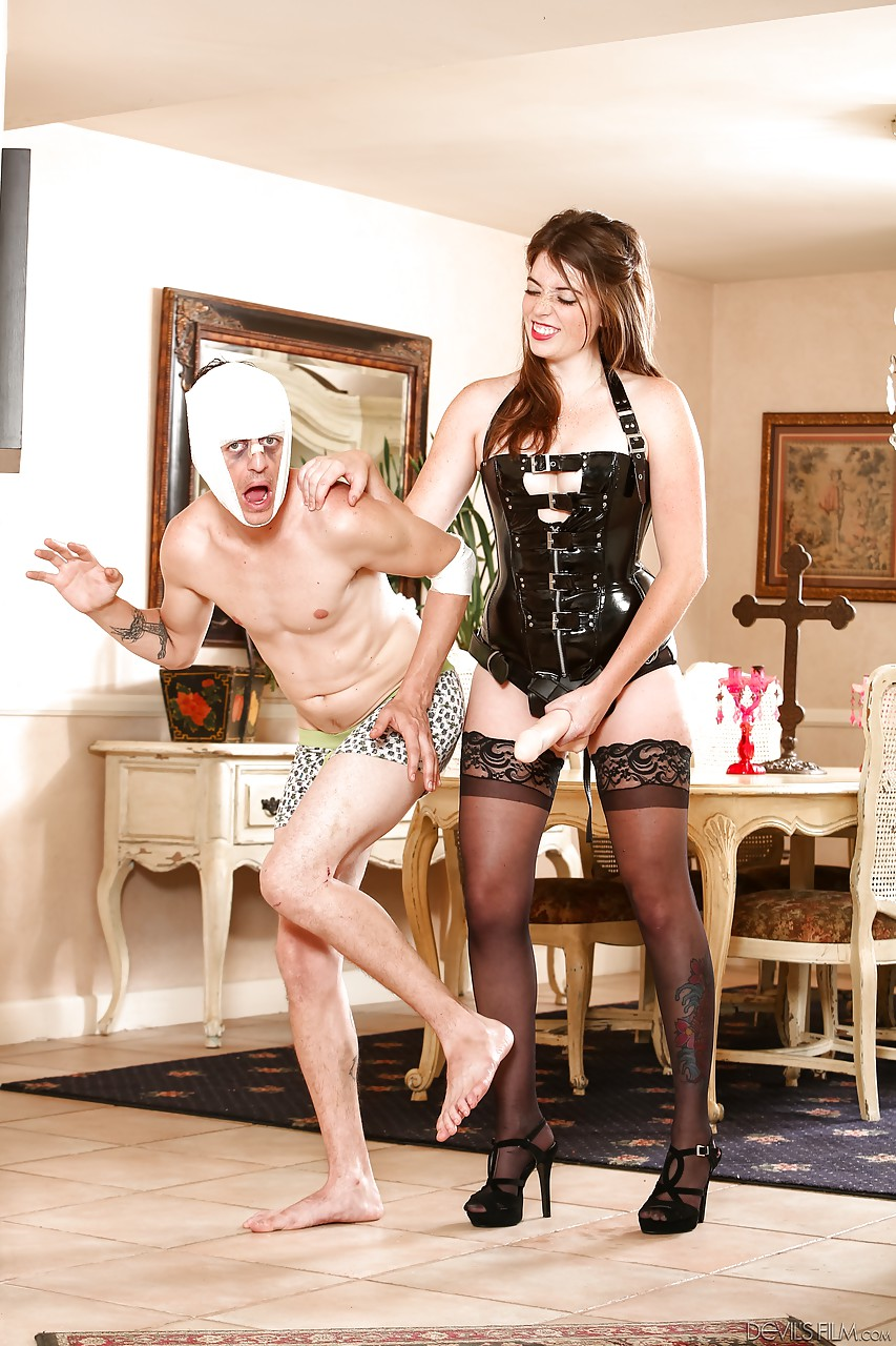 Brunette in black stockings jordan kennedy pegging man ass with strapon