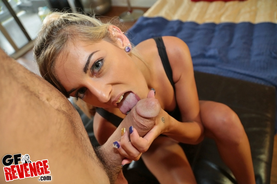 Tattooed girlfriend sheds swimsuit to fuck big cock doggystyle and eat cum