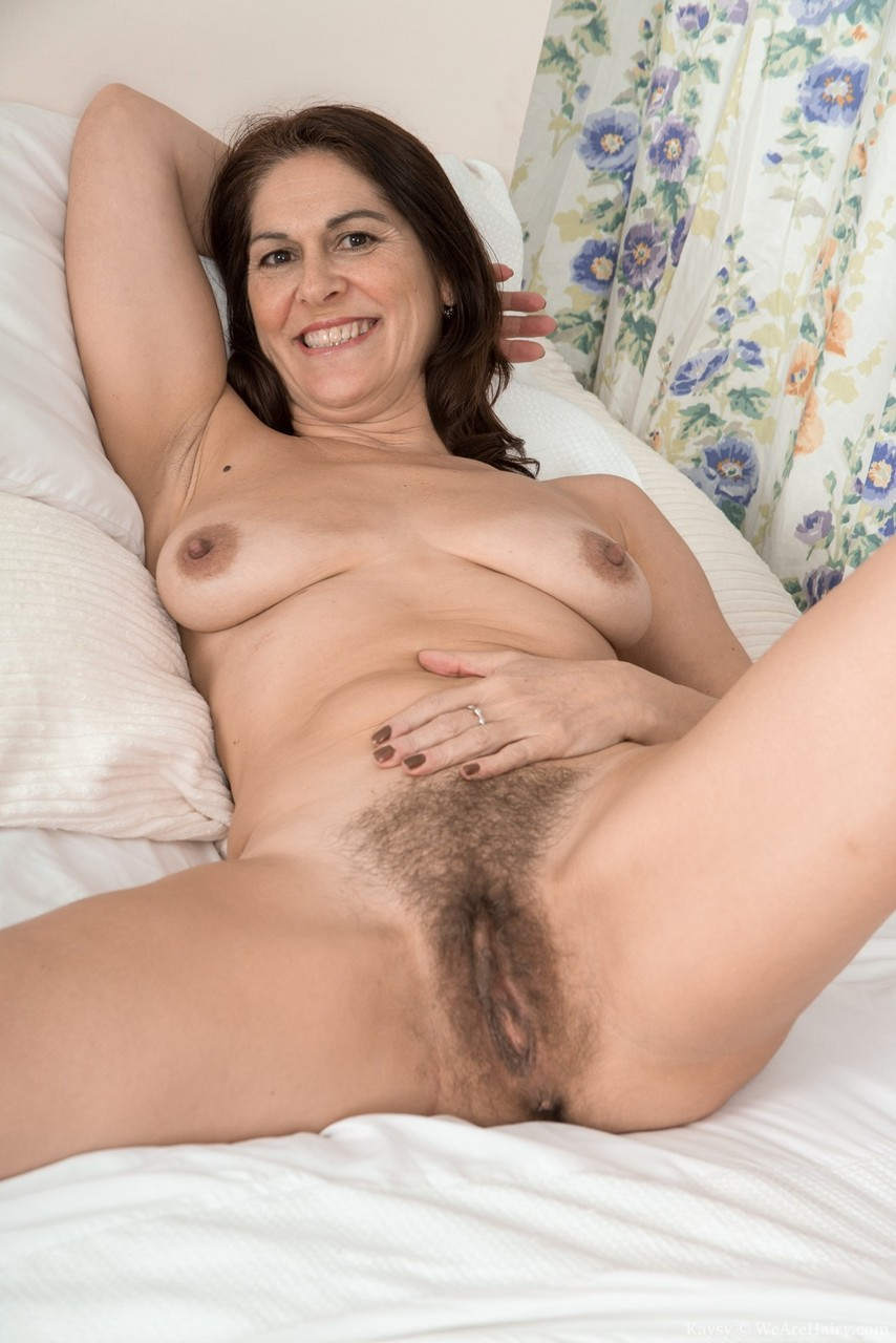 hairy-pussy-mature-brunettes