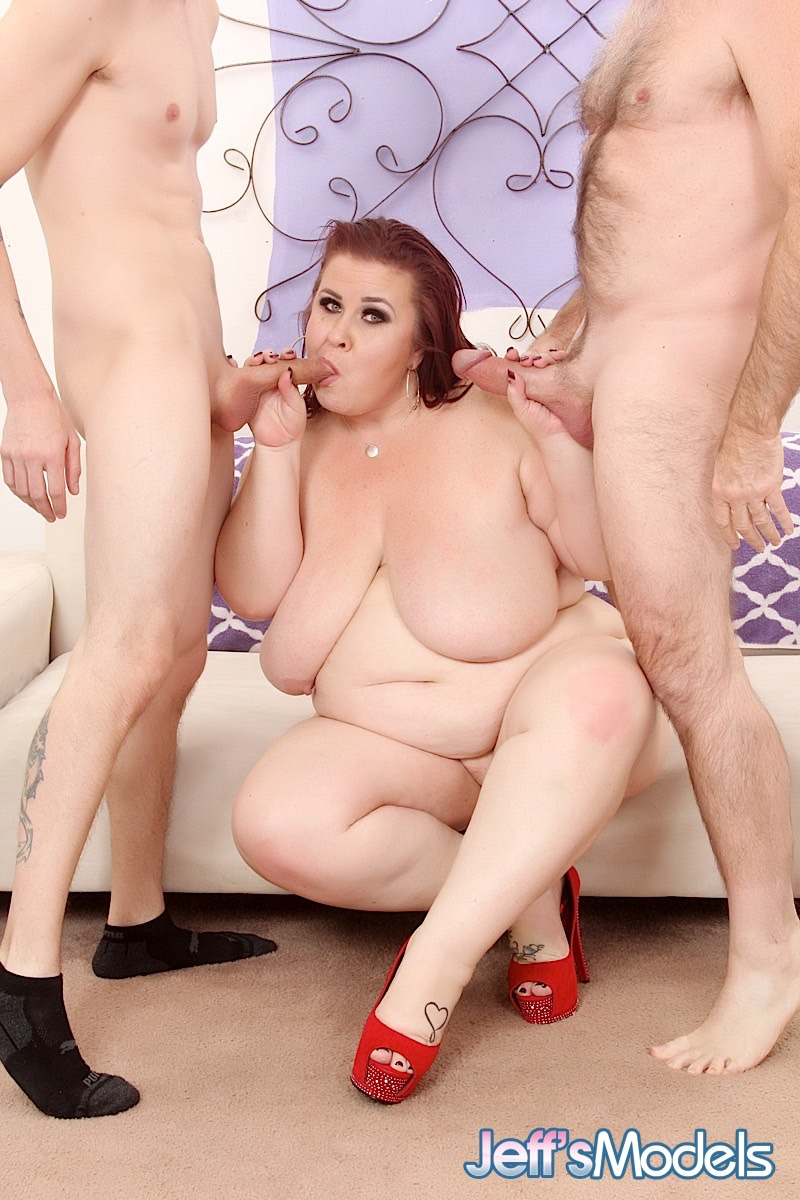 Bbw lynn cums while taking my cock