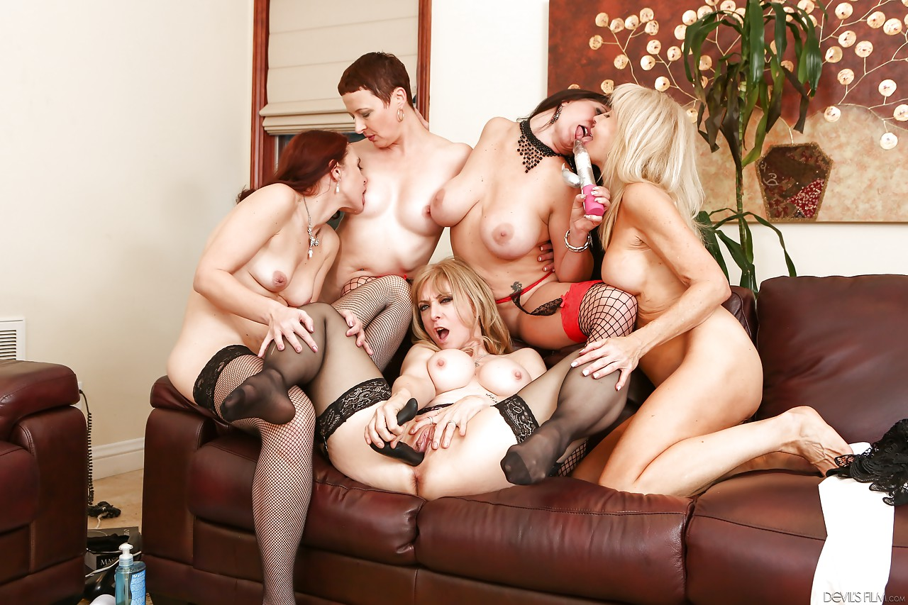 Hd coralyn jewel erica lauren kali karinena nina hartley sable renae