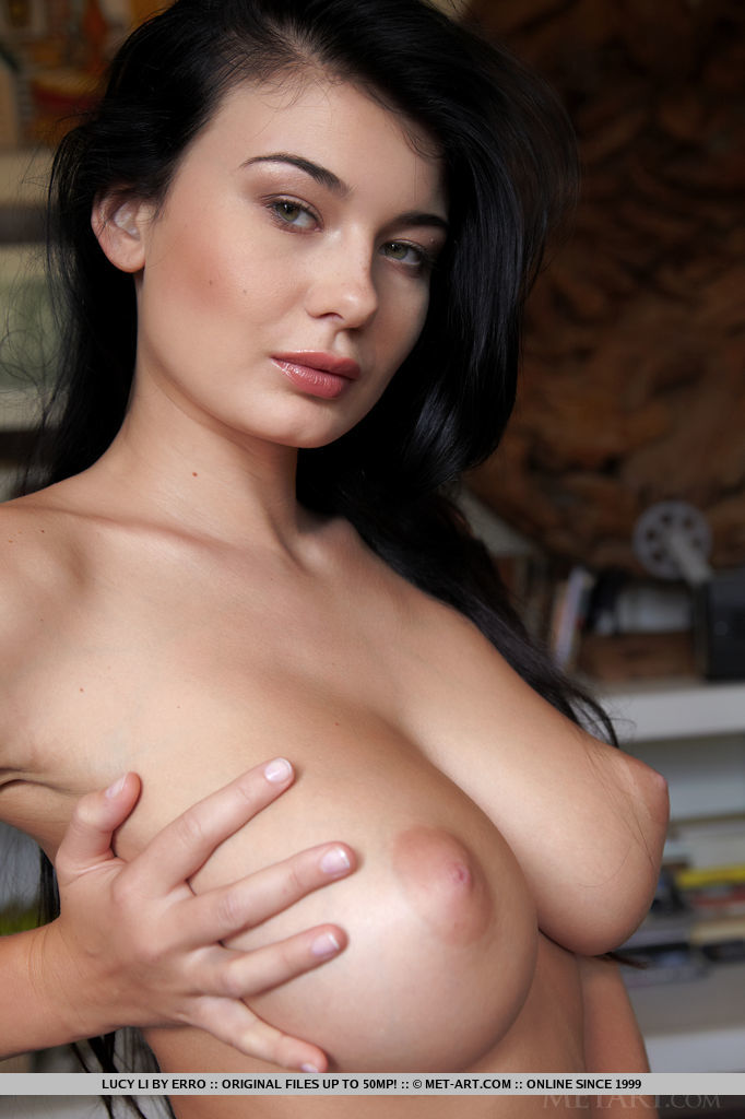 Sexy girl boobs xxx