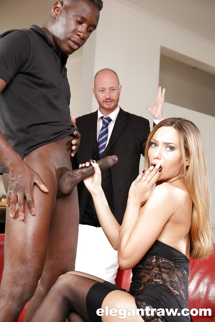 Met This Black Man At His Hotel And He Loved The Way I Sucked His Bbc