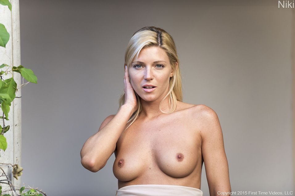 Naked milf beautiful blonde