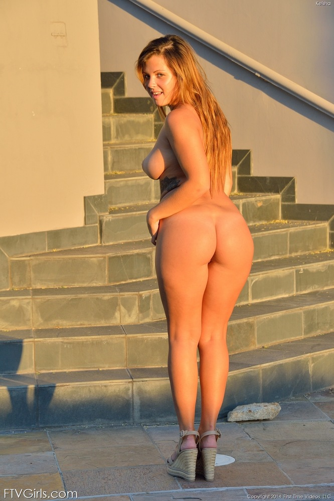 Teen nude nice big ass