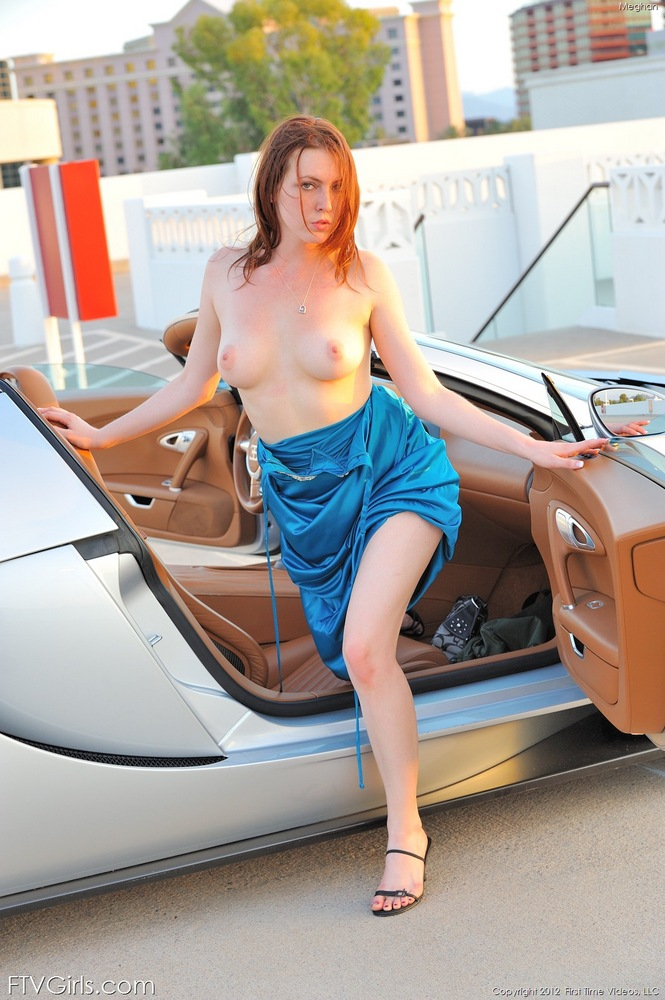 nude-hot-girl-driving-with-tits-out-sexy-pics-cock