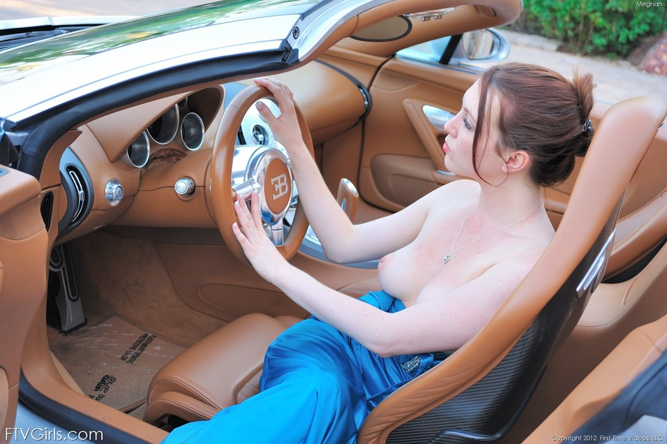 three-perfect-naked-girls-on-cars-hair