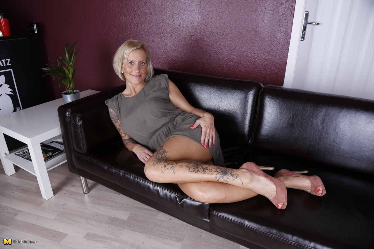 Mature older women videos-2480