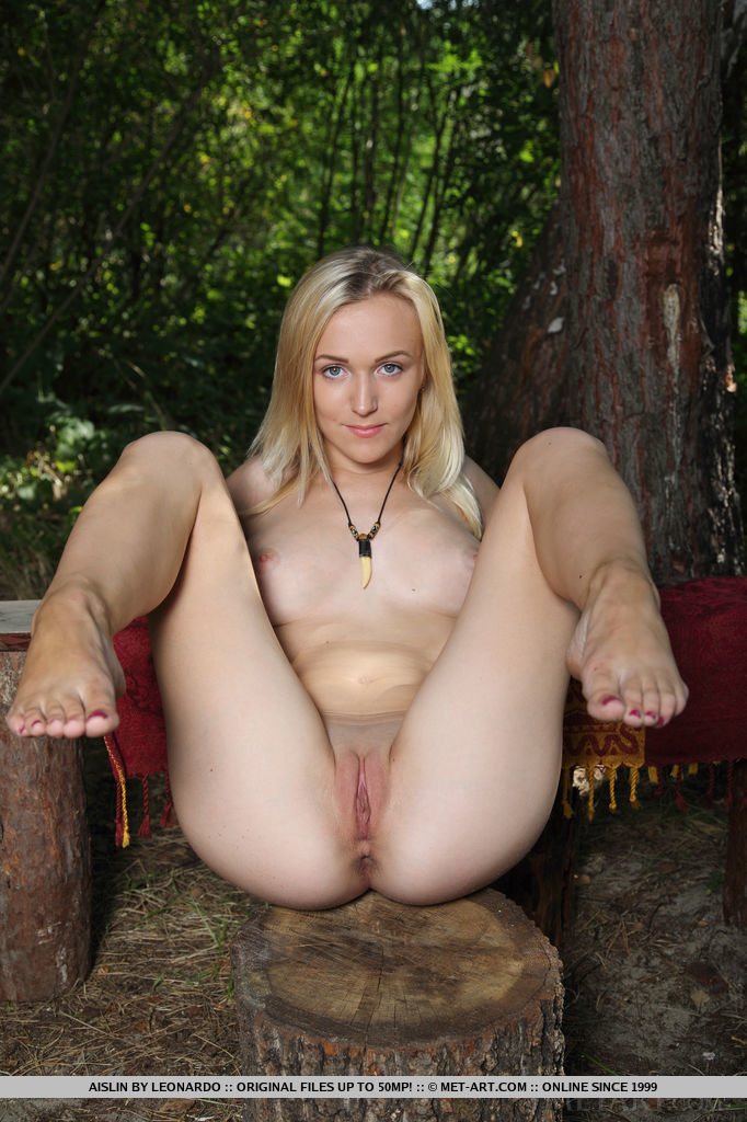 Seems Teen spreading legs outdoors can