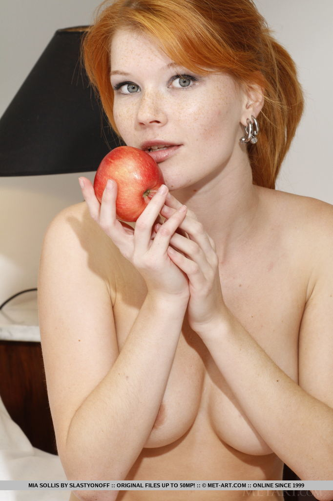 Eating red head pussy — 9