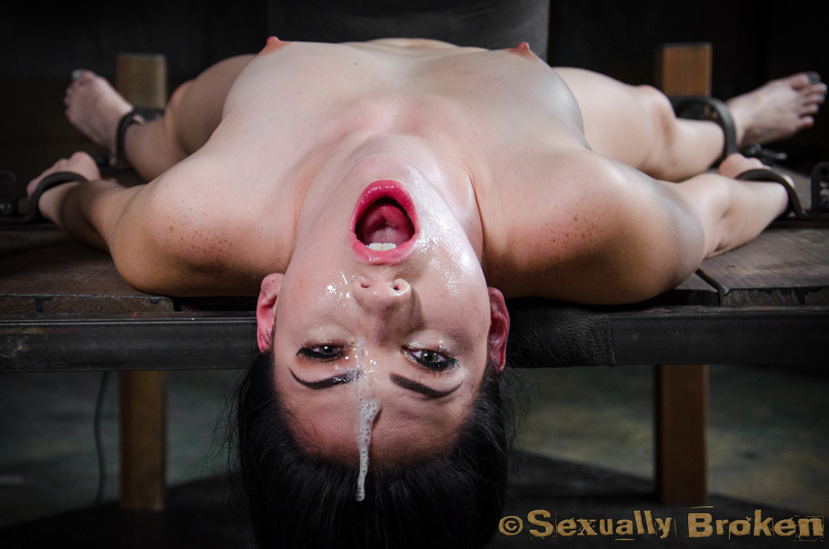 sexually-broken-babe-throated-somebody-should-fuck-that-girl-story