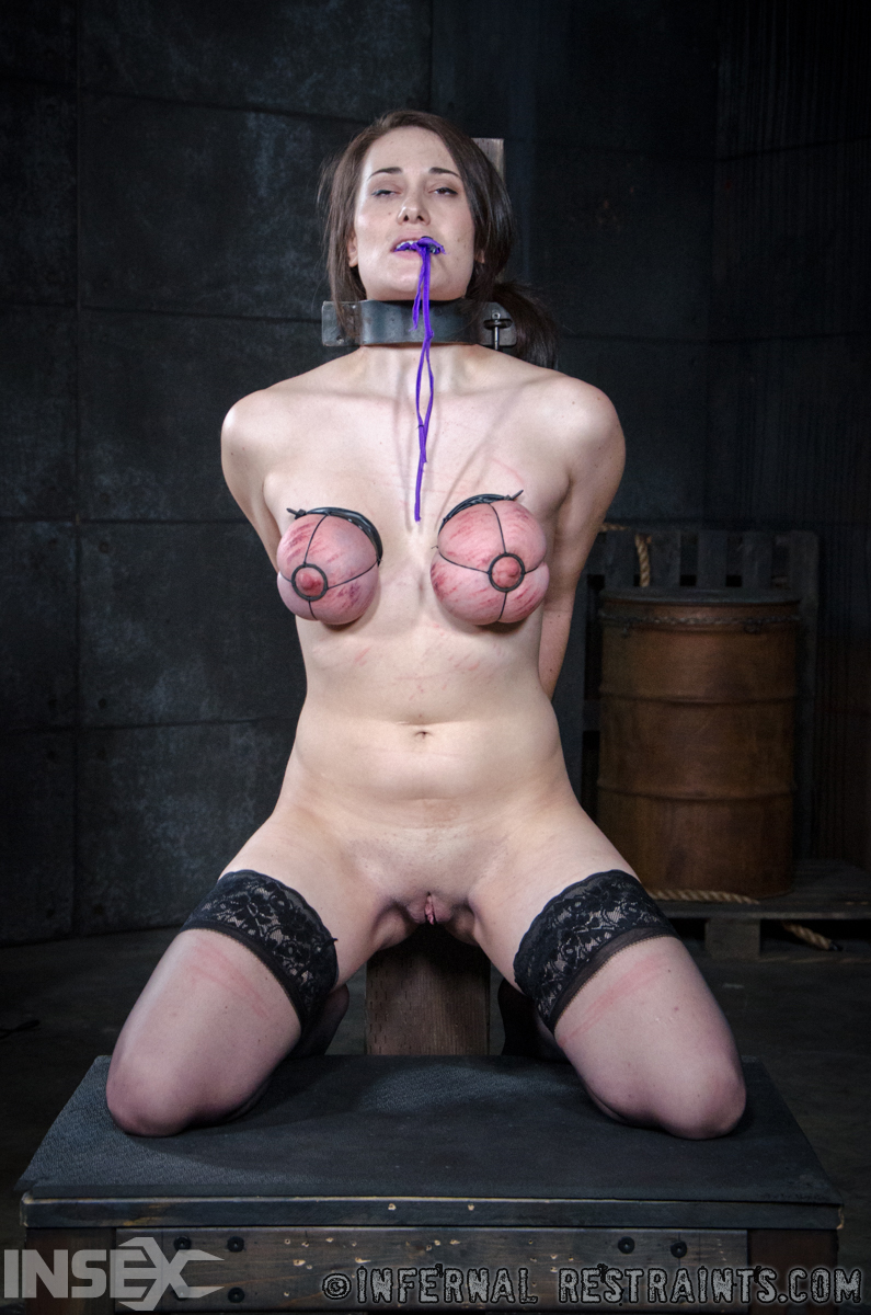 dropdead gorgeous horny stripper pics