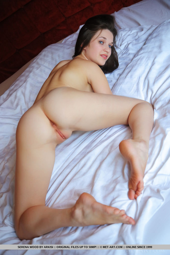 Teen babe serena nude brought rather