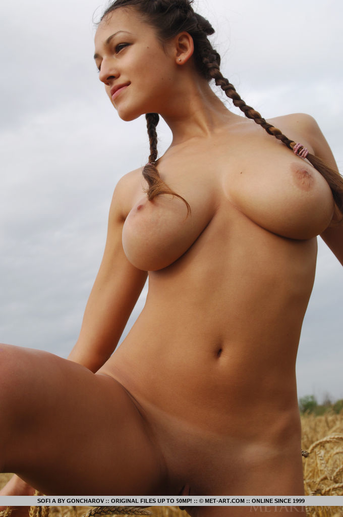 Naked solo old women