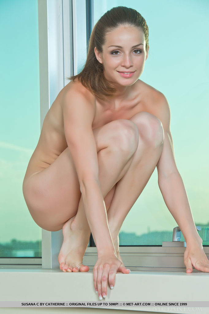 nude petite flexible girls