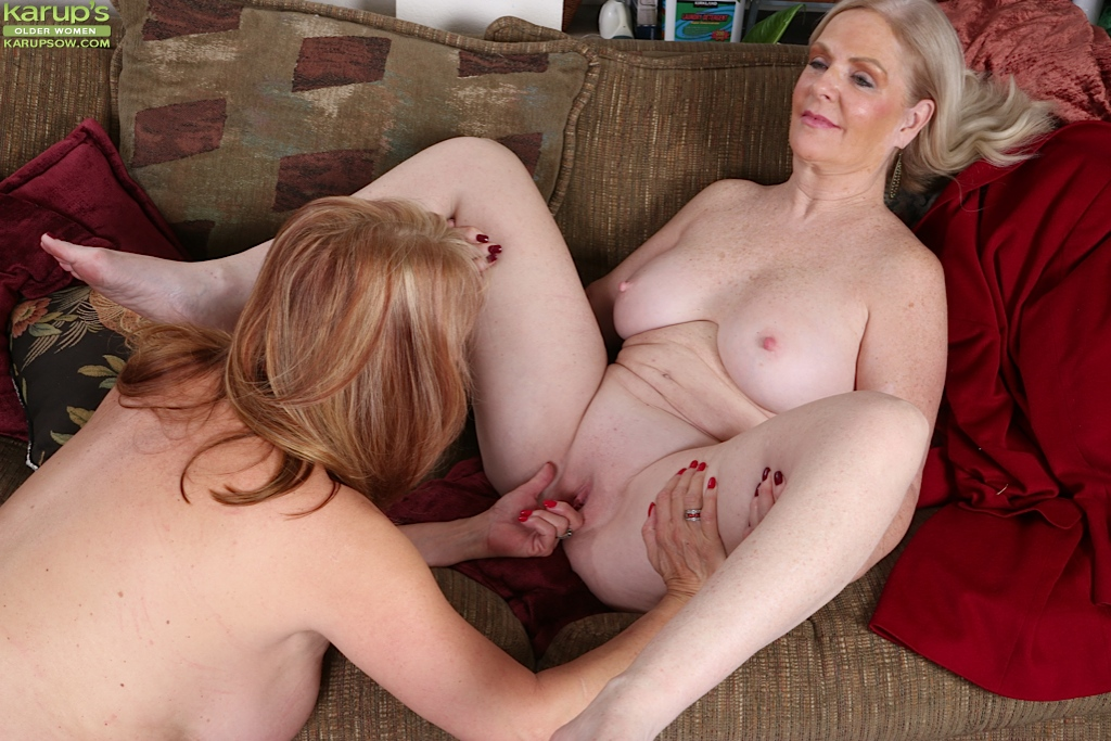 mature woman seduce boy