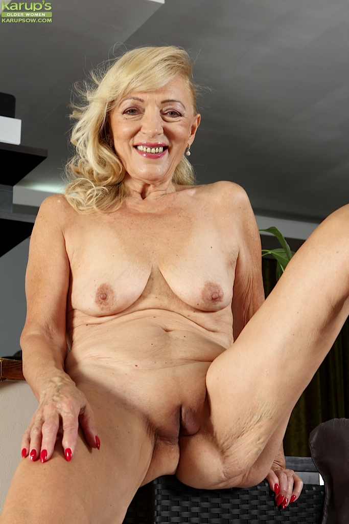 That MILF groupsex mature ladies teacher fucking