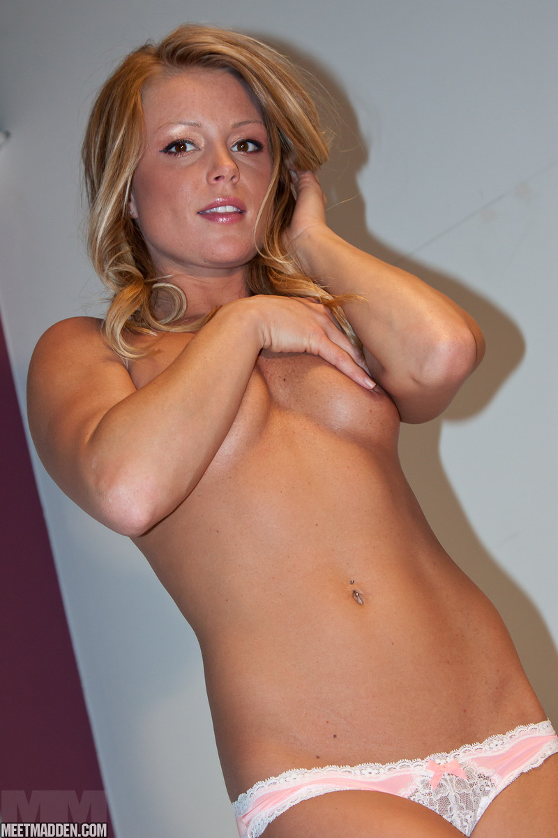 hot dirty blonde chick naked