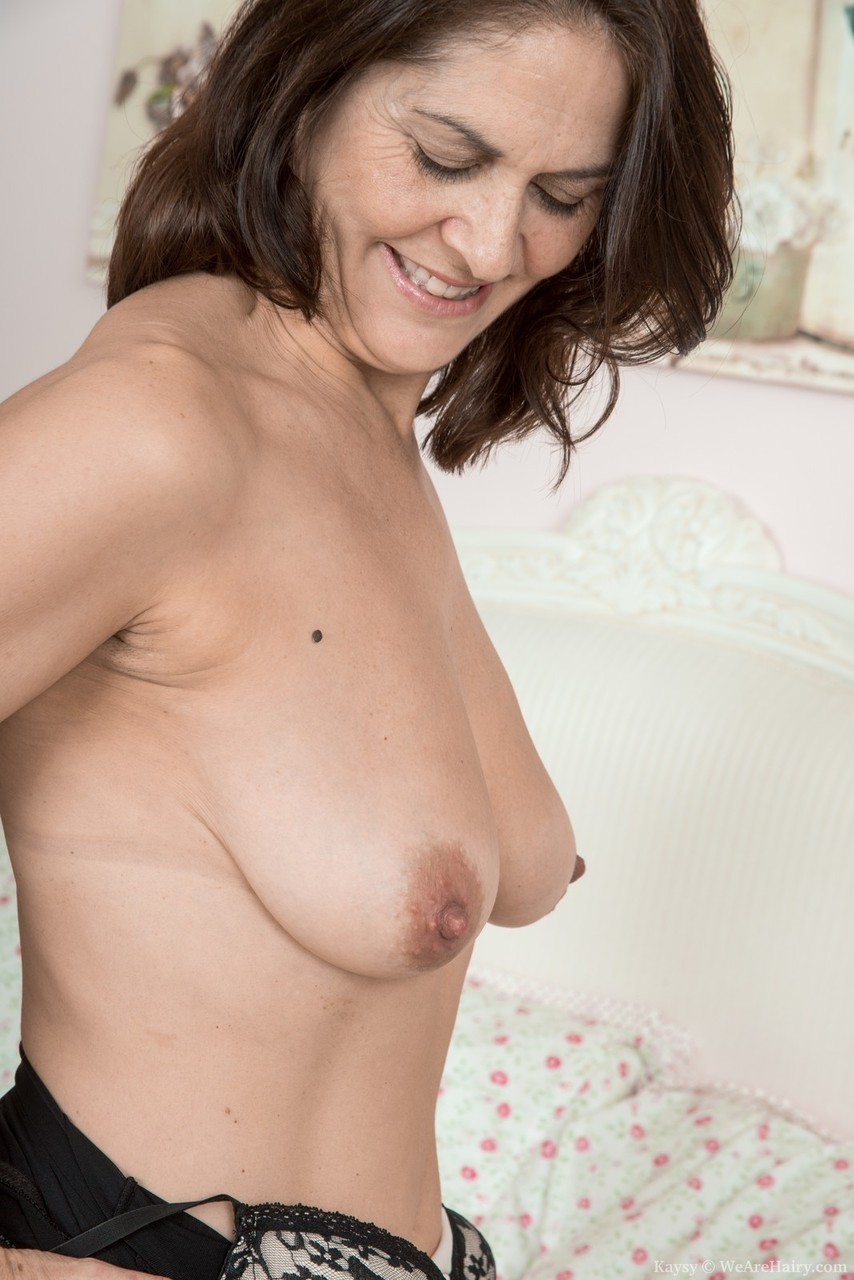 Pussy mature mom hairy