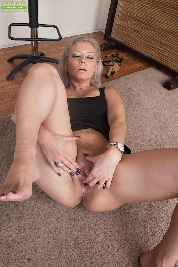all charm! The upskirt oral sex too happens:) congratulate