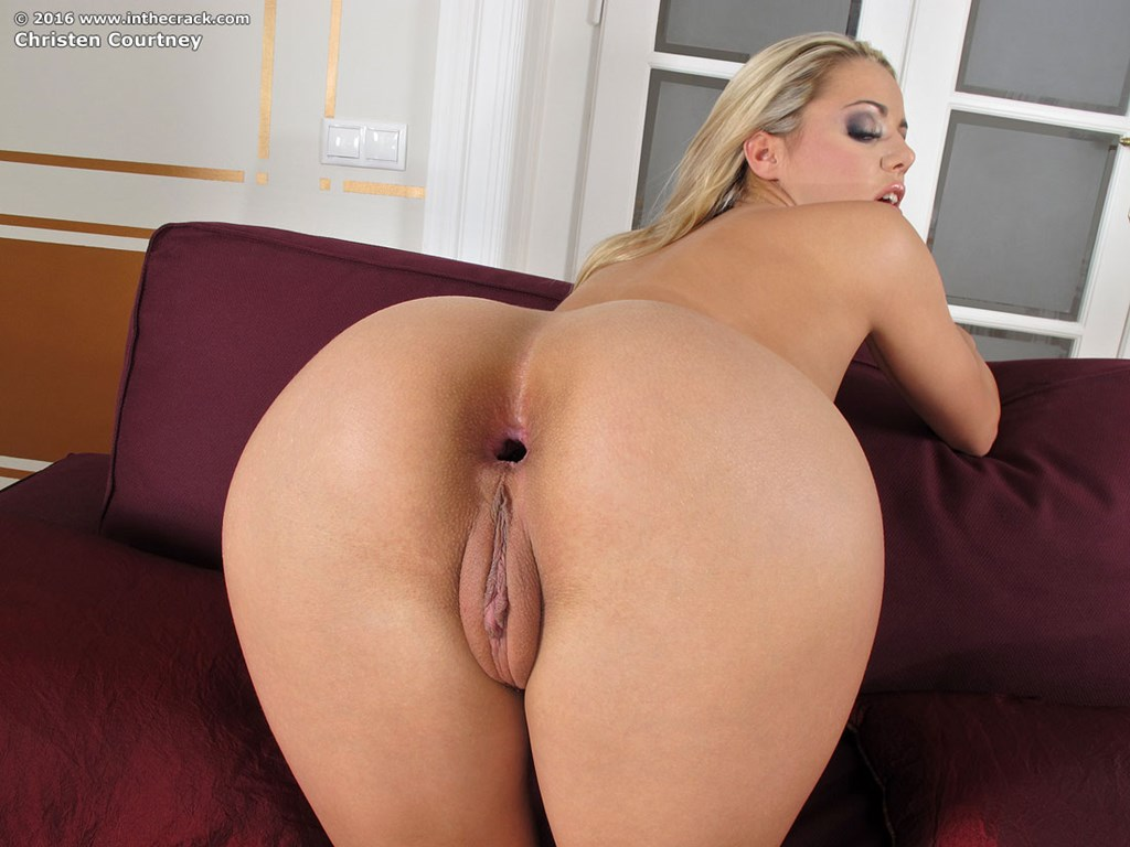 Big ass blonde gallery