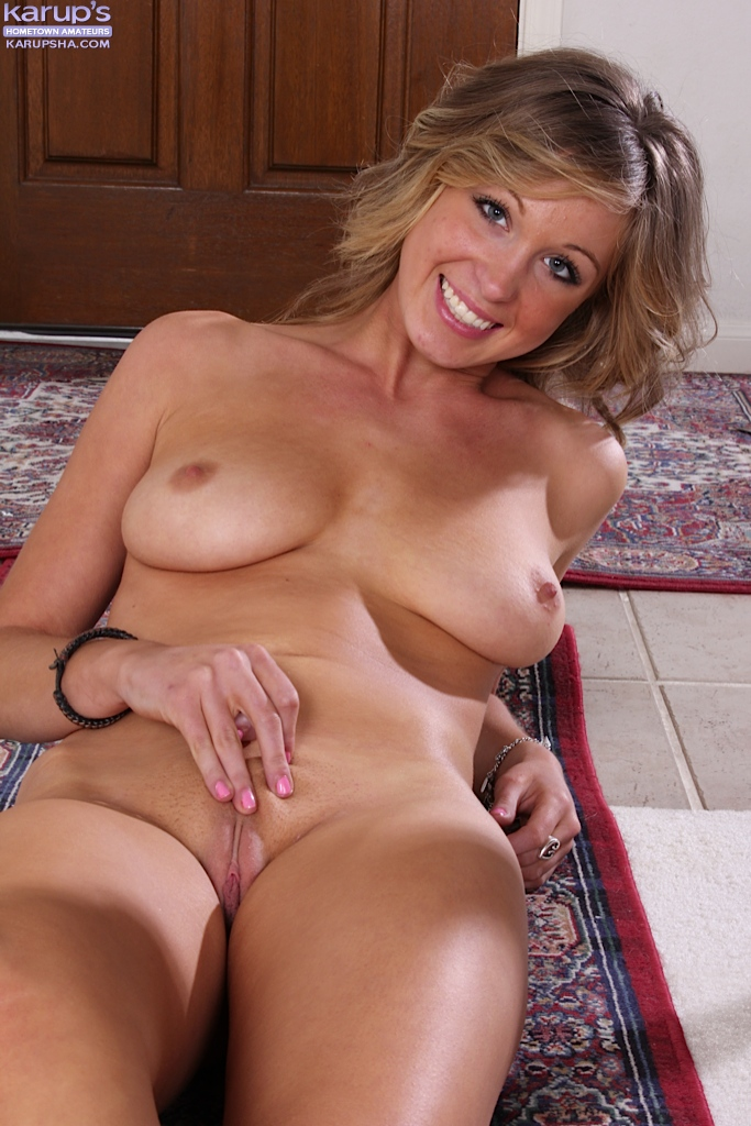 Milf pussy and ass